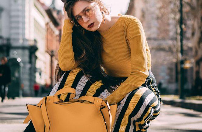 Цветни модни чанти есен 2020 г